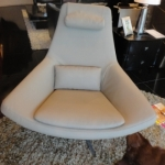 Artsy_Metropolitian Chair With Ottoman_1176